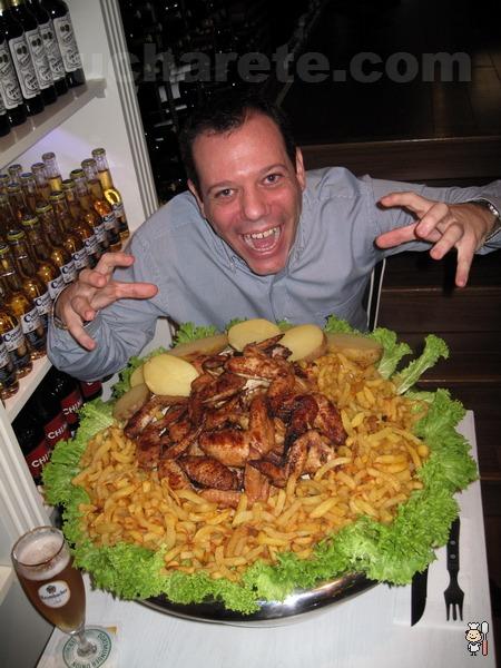 ¡Barra libre de Alitas de Pollo a la parrilla en Madrid! ¡Puedes comer 10 Kg por 7,50 € si quieres! - © Cucharete.com