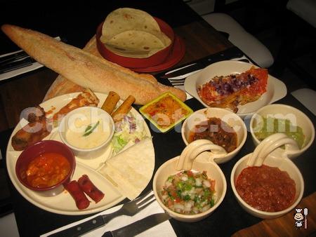 Come hasta reventar -con regalo y todo- en el Restaurante Micota - © Cucharete.com