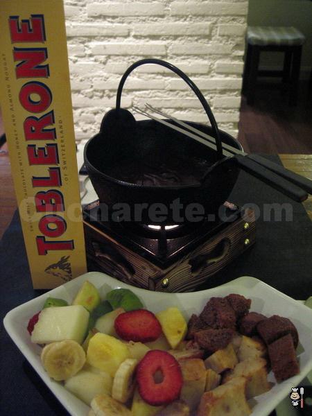 Fondue de Chocolate Gratis en el Restaurante Micota - © Cucharete.com