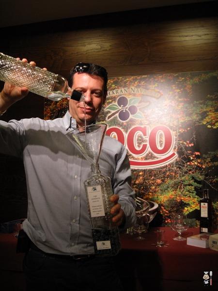 Cucharete.com disfrutando del endrinismo con Pacharán Zoco