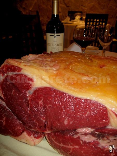 3.000 Kg de Chuletón de Buey Gallego. 1 Kg por pareja a sólo 10 euros por persona - © Cucharete.com