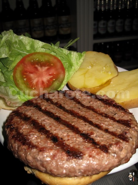 5.000 hamburguesas de 300 gr. gratis en el Restaurante Micota de Madrid - © Cucharete.com