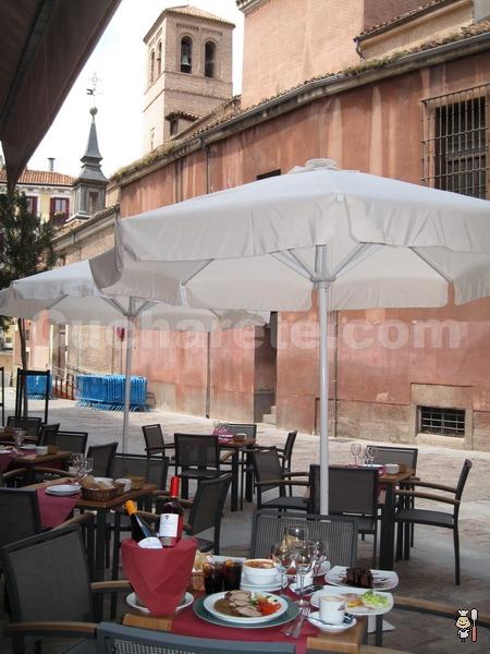 Nueva Terraza de Verano en Madrid en la Taberna Los Austrias - © Cucharete.com