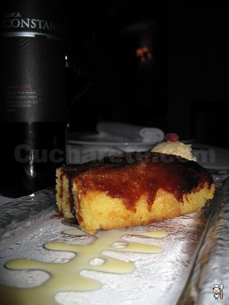 Botella de vino Finca Constancia y postres totalmente... ¡Gratis! en Conlaya - © Cucharete.com