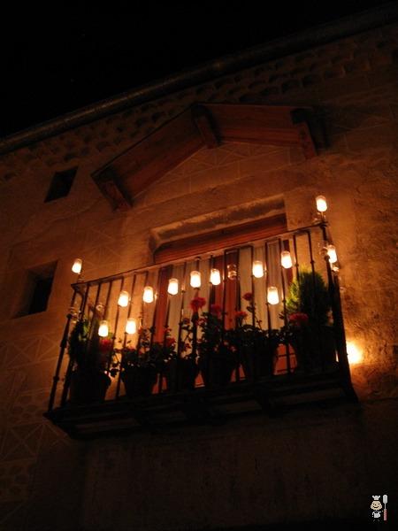 Cucharete se sube al Winebus! Espectacular la noche de las velas de Pedraza